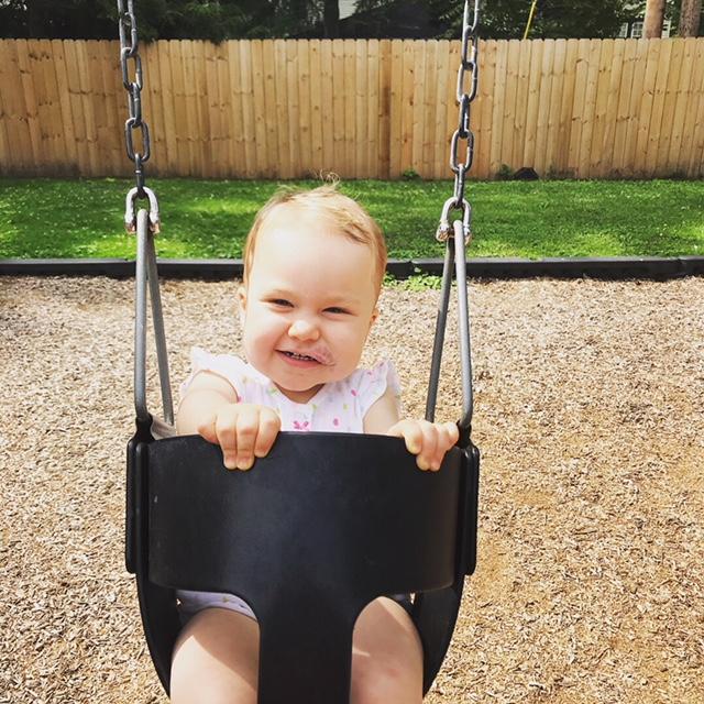 Lola swing